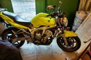 Желтый Yamaha FZ 6 N 2004