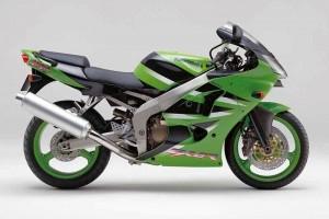 Зеленый Kawasaki ZX 6 R Ninja 2001