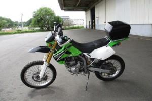 Зеленый Kawasaki KLX 250 2003