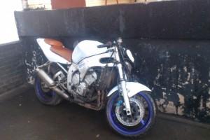 Белый Yamaha YZF-R6 1999, угнан 24 апреля 2016