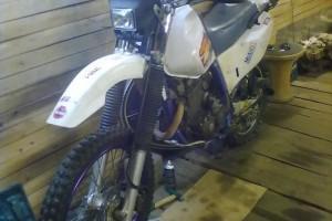 Белый Yamaha TT 250 Raid 1996, угнан 20 сентября 2014