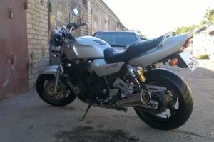 Серый Yamaha XJR 1200 1995, угнан 11 июля