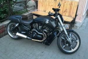 Черный Harley-Davidson VRSCF V-Rod Muscle 2013