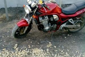 Красный металлик Suzuki GSF 750 Bandit 1994
