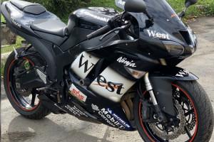 Kawasaki ZX 6 R Ninja 2008 за 360 000