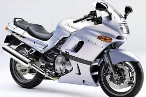 Kawasaki ZZR 400 1995 за 635 000