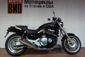 Черный Honda X-4 1997
