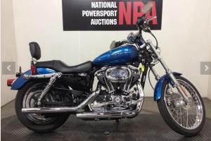 Синий Harley-Davidson XL1200C Sportster Custom 2005
