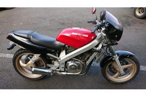 Черный Honda Bros 650 1993