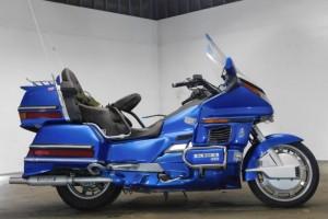 Синий Honda GL 1500 Gold Wing 1988