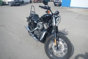 Черный Harley-Davidson XL1200N Sportster Nightster 2012