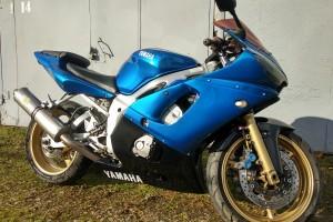 Голубой металлик Yamaha YZF-R6 2002