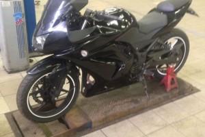 Черный Kawasaki Ninja 250 R 2008