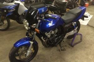 Синий металлик Honda CB 400 SF Hyper Vtec 2000