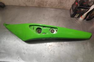 Пластик хвоста левый Kawasaki er6-f 36040-0081-15D, 36040-0081-15Q, 36040-0081-777 за 1 500 р.