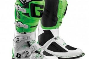 """Кроссовые мотоботы """"Gaerne SG-12"""", зелено-белые, р-р 42 - 45 за 23 990 р."""