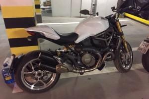 Белый Ducati Monster 1200 S 2014