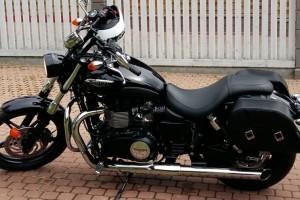 Черный Triumph Speedmaster 2015