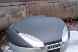 Кофр Shad 48 литров со спинкой и площадкой