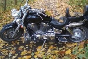 Черный металлик Honda VTX 1800 2002