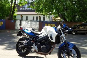 Синий BMW F 800 R 2013