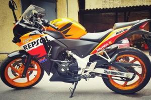 Оранжевый Honda CBR 250 R 2013