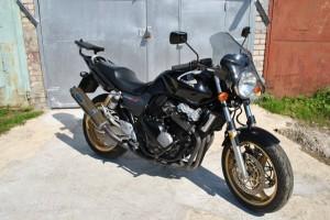 Черный Honda CB 400 SF 2005