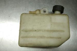 Honda VFR 400 nc21 расширительный бачок охлаждающей жидкости за 500 р.