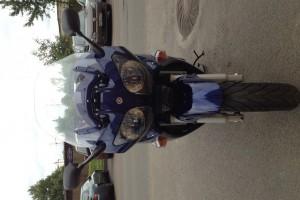 Синий Yamaha FJR 1300 2003