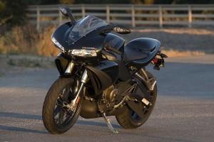 Черный Buell 1125R 2009
