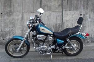 Синий Yamaha XV 1100 Virago 1995