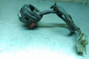 Пульт левый Yamaha FZR 1000 3LK-83973-00-00 за 1 200 р.