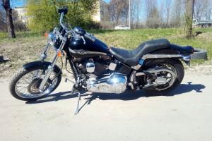 Черный Harley-Davidson FXSTD Softail Deuce 2003