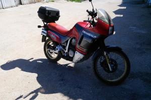 Красный Honda XL 600 Transalp 1992, угнан 22 августа 2015 в Севастополь