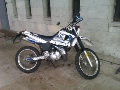 В угоне белый Yamaha DT50-R 1984