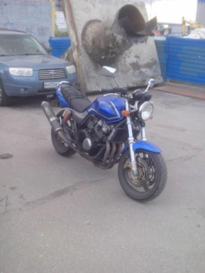 В угоне синий Honda CB 1 (CB 400) 2001