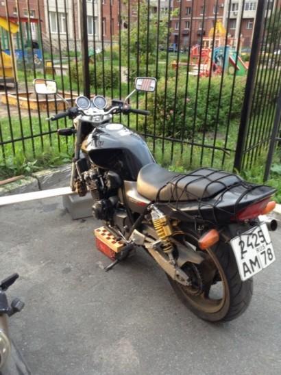 В угоне черный Honda CB 400 SF Hyper Vtec 2003