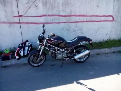 В угоне черный Ducati Monster 400 2002