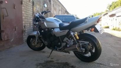 В угоне серый Yamaha XJR 1200 1995